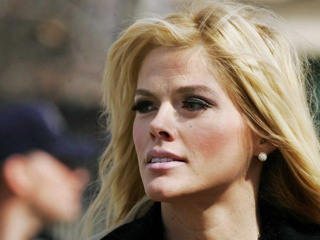 Anna Nicole Smith Body Measurements Boobs Waist Hips